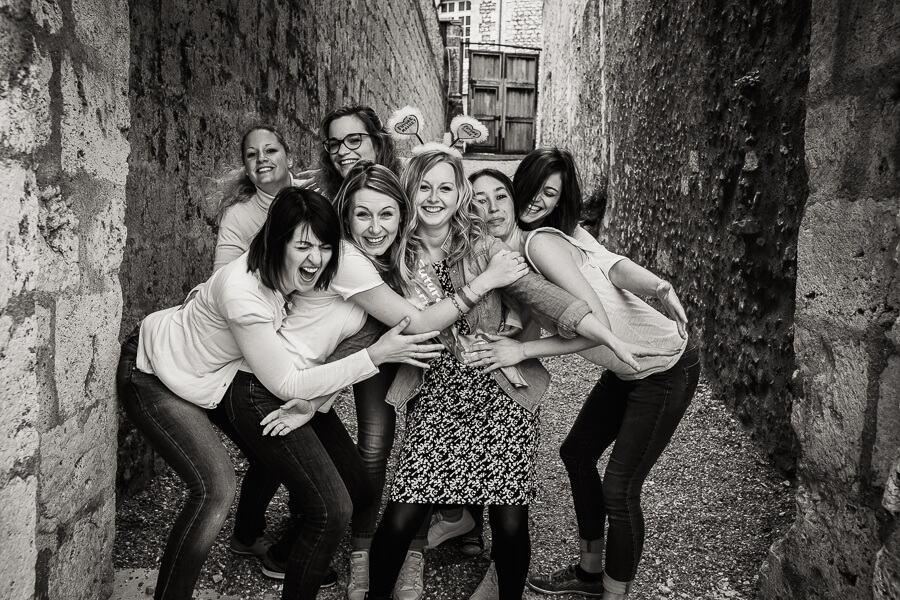 photographe chartres evjf enterrement vie jeune fille groupe copines fête jardins cathédrale labyrinthe