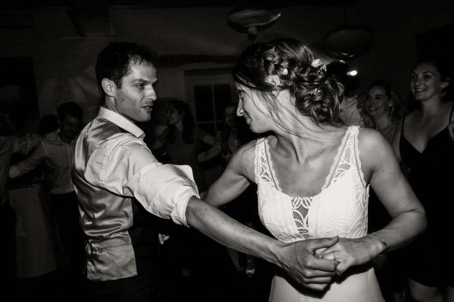 première danse des mariés domaine de Qunicampoix - photographe mariage Essonne