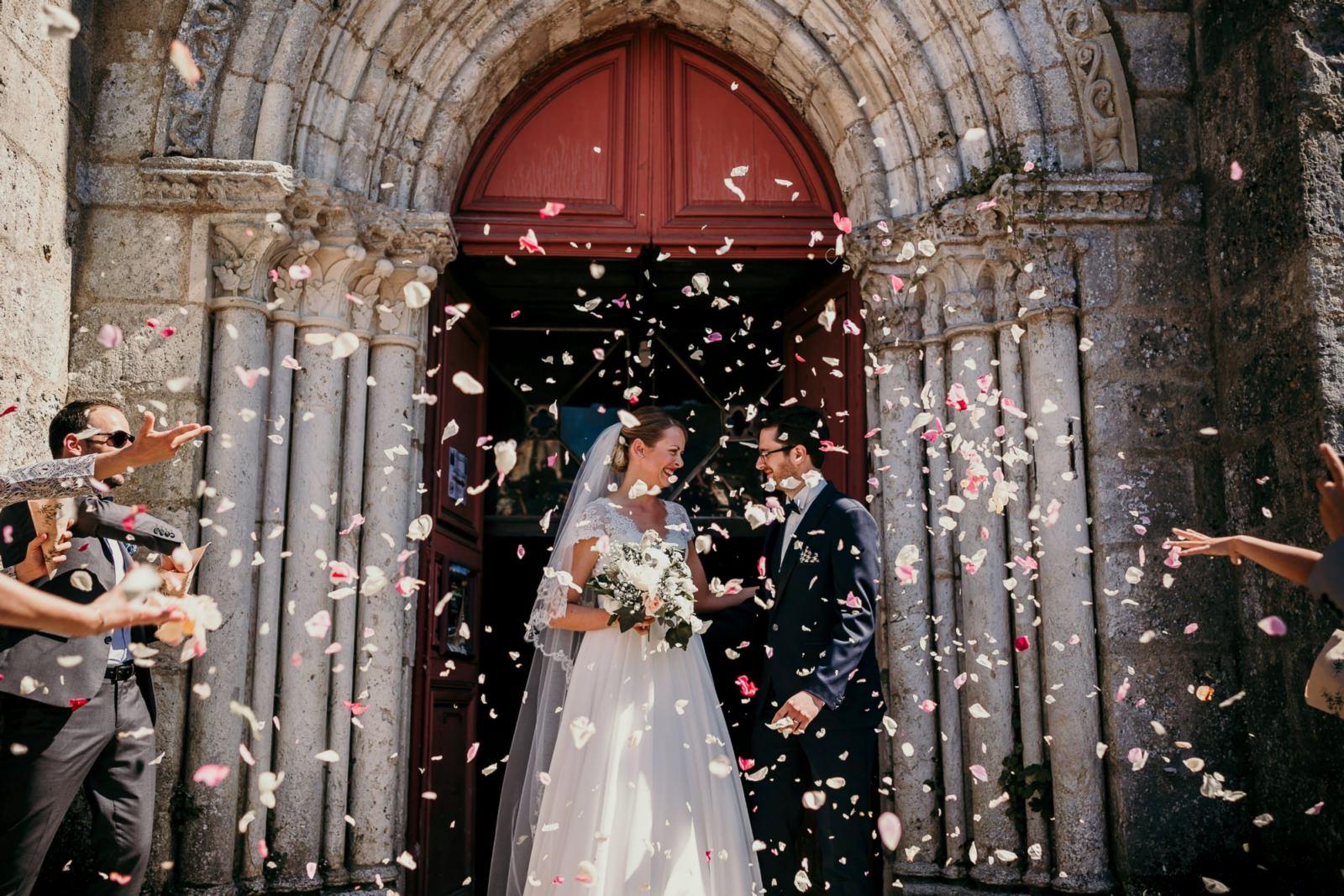 Sortie des mariés à Chartres