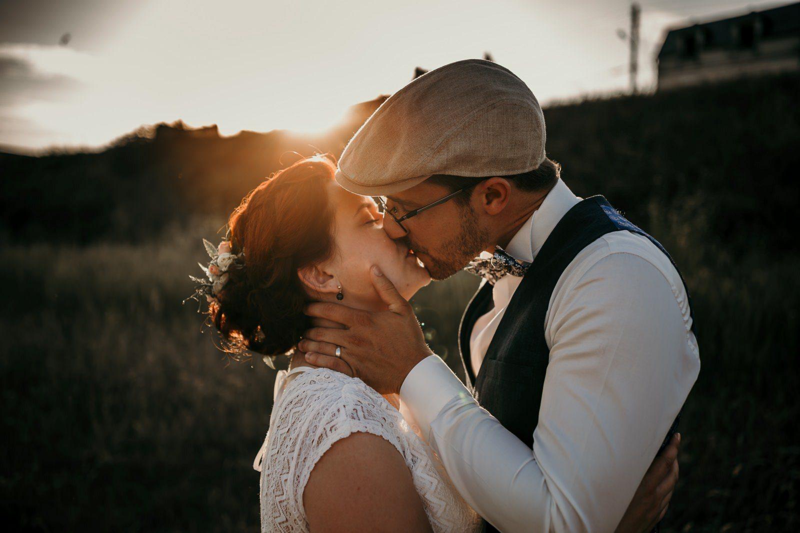 photos de mariés à la grange de la Cueillas