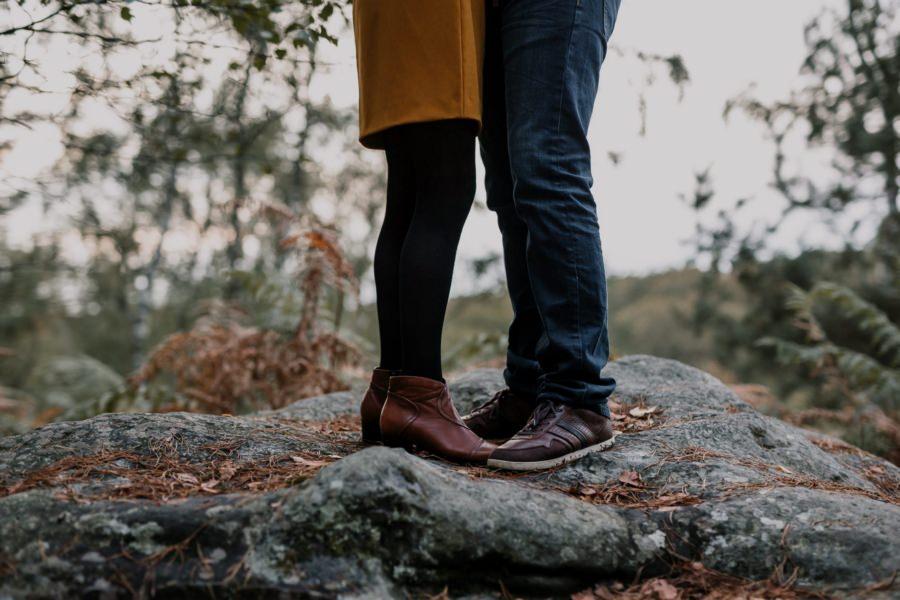 Une séance de photos de couple en forêt de Rambouillet